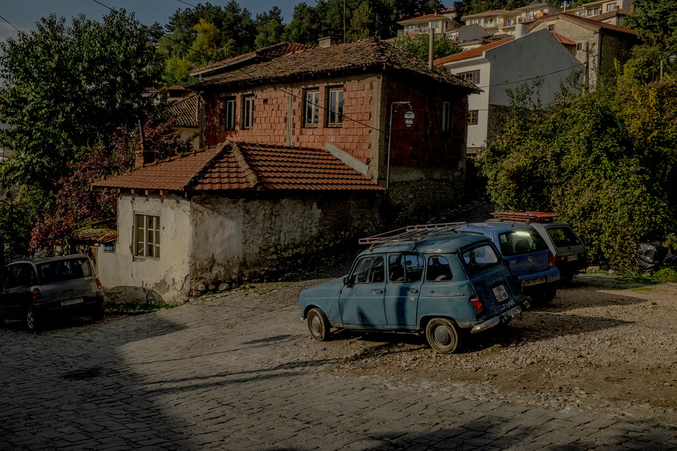 macedonia - cars