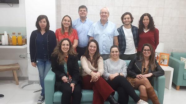 Foto 1 equipe em Portugal.jpg