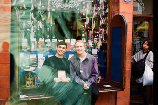 Ollie - Book shop, Notting Hill (2019)