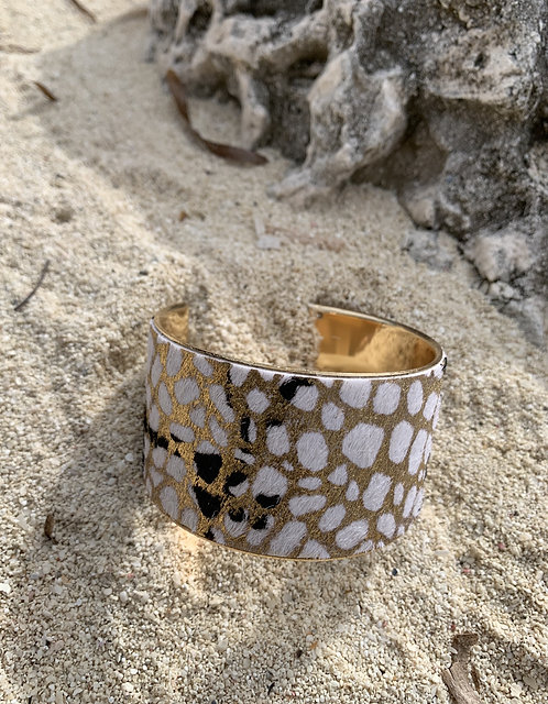 Wild Spot - Fur animal print gold bracelet