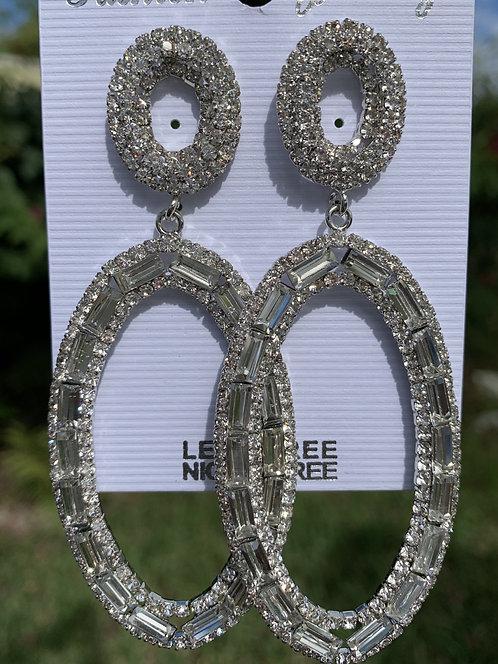 Mya May - Oval large crystal earrings