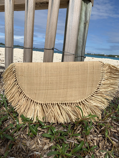 Susan - Natural straw tassled clutch