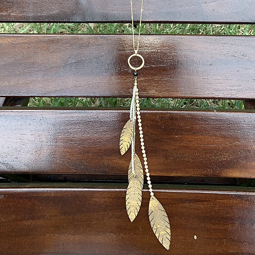 Fawn - Crystals and feathers gold necklace set