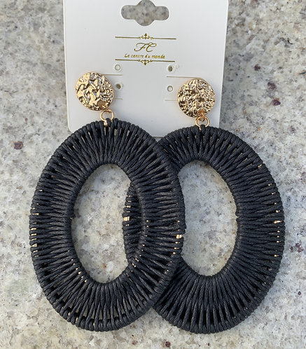 Sade - Black wrapped oval earrings