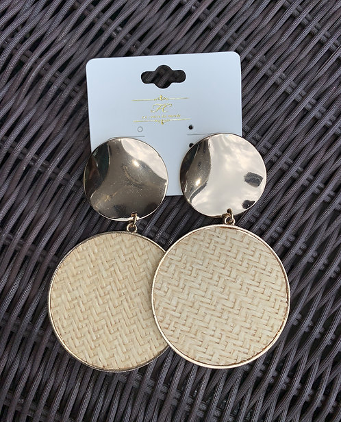 Noa - Gold and straw round earrings
