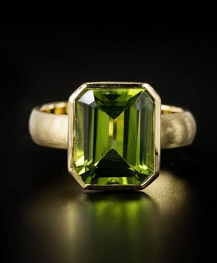modern color gemstone,colorful gemstones,colorful jewelry,colorful fine jewelry ,Gemstones,เพชรสี,พลอยสี,เพชรพลอย,tarada jewelry,exclusive diamond,diamond ring,แหวนเพชร,