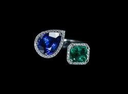 Blue Sap and Colombian Emerald Ring