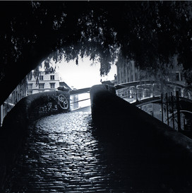 london_candem_lock_violeta_sofia.jpg