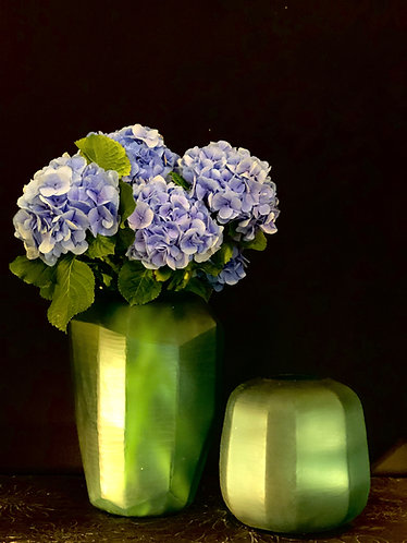Vase bleu mat