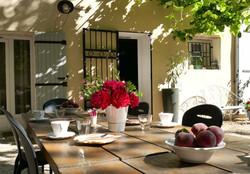 chambre-hotesr-avignon-petit-dejeuner_mo