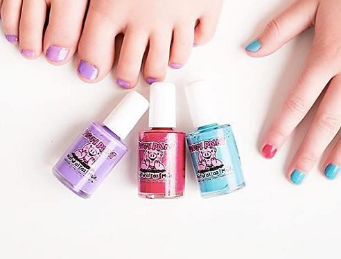 non-toxic nail polish for kids, kids organic nail polish, eco-friendly nail polish for kids, water based nail polish for kids, little girls, piggy paint nail polish