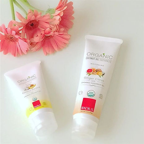 organic toothpaste, non-toxic toohpaste, artificial flavors-free, organic ingredients toothpaste, safe to swallow toothpaste, radius toothpaste, toothpaste for acid reflux, fluoride-free toothpaste