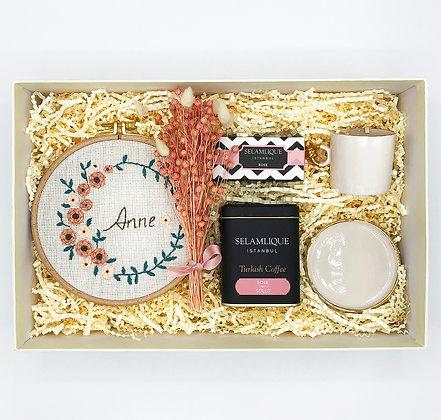 Pink Mother Big Box