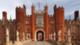 Hampton court palace.jpg