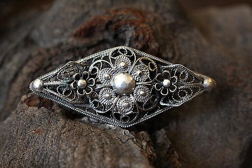Medium Size Diamond Flower Filigree Ring