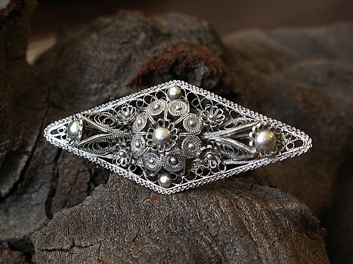 Extra Large Diamond Shape Filigree Ring