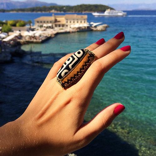 Cleopatra's Ring