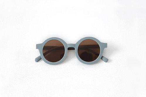 Kids Bay Sunnies by Mrs Ertha Trooper sustainable round sunglasses