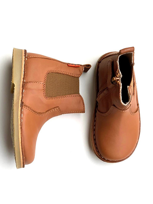 Petasil Chelsea Boot Cognac Leather tan shoes