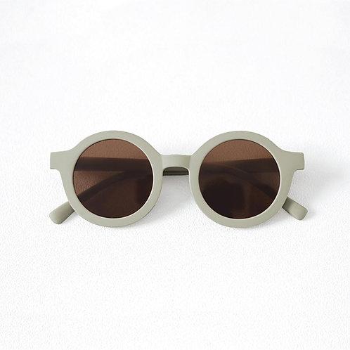 Kids Bay Sunnies by Mrs Ertha tea green sustainable round sunglasses