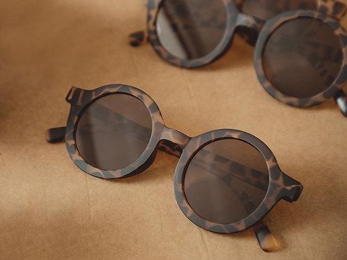 Adults Bay Sustainable Sunnies by Mrs Ertha Savanna tortoise shell round sunglasses