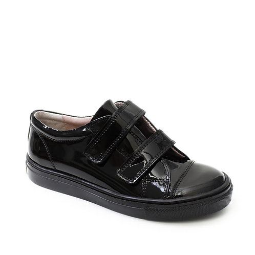 Girls Black Patent Leather Closed Shoe
