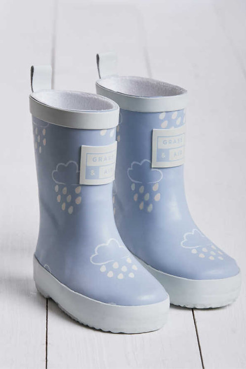 Baby Blue Colour Revealing Wellies by Grass & Air