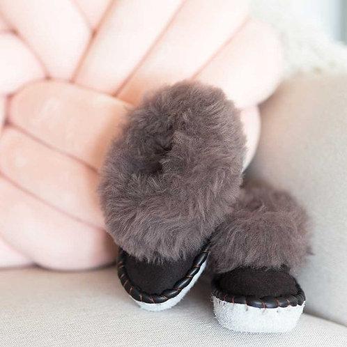 Sheepers Kid's Sheepskin Slippers Plain Black Grey
