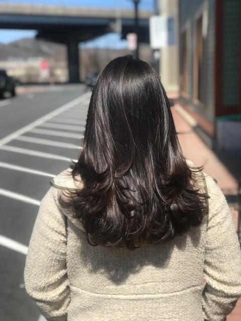Julie Schull Brown hair