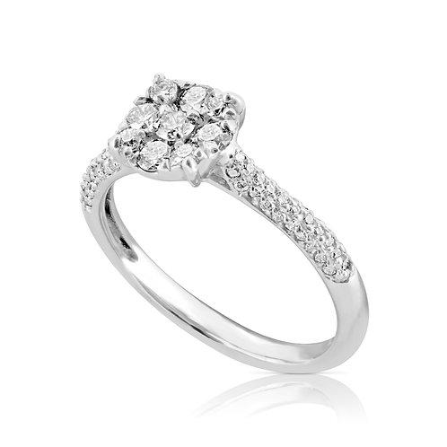 Neat Circular Head Diamond Inlaid Ring