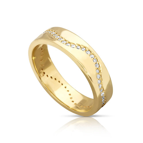 Gold Wedding Ring WIth Wavy Zircon