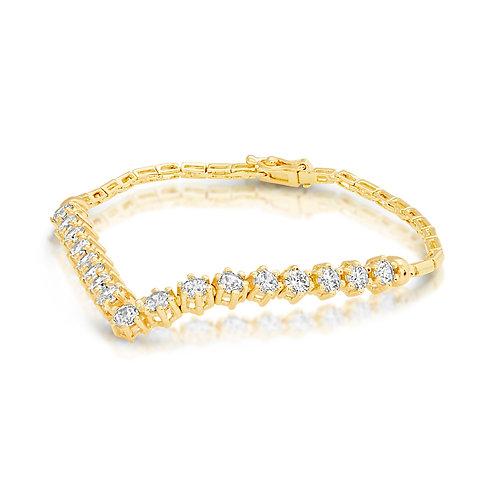 Prominent V Shape Diamond Bracelet