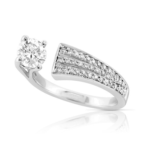 Elegant Spiral Diamond Ring