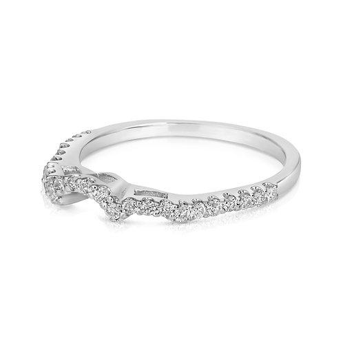 Three Circular Headed Diamond Wedding Ring