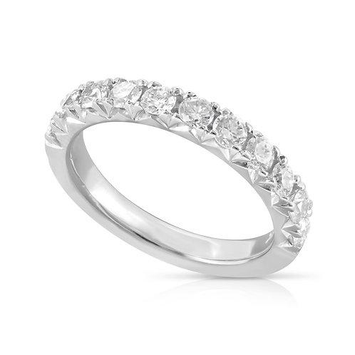 Elegant Classy Diamond Wedding Ring