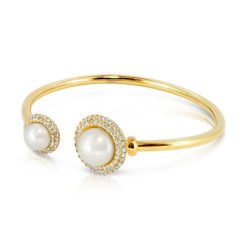 Modern Classic Pearl Bracelet