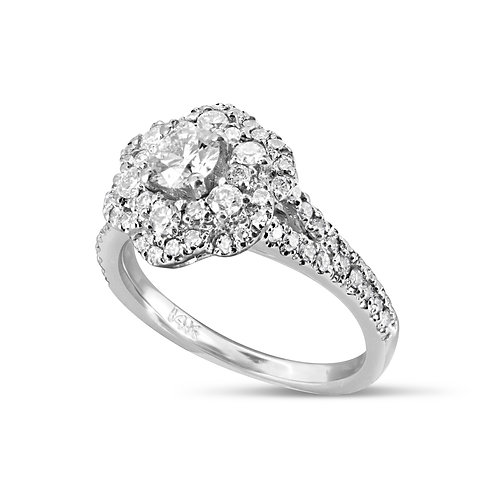 Neat Flower Engagement Diamond Ring