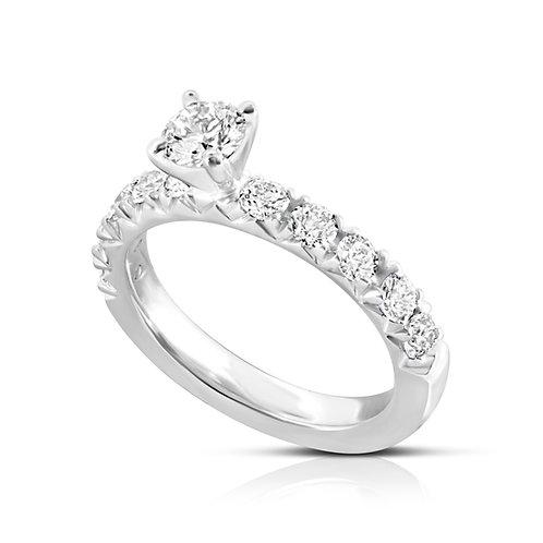 Elegant Classy Diamond Engagement Ring