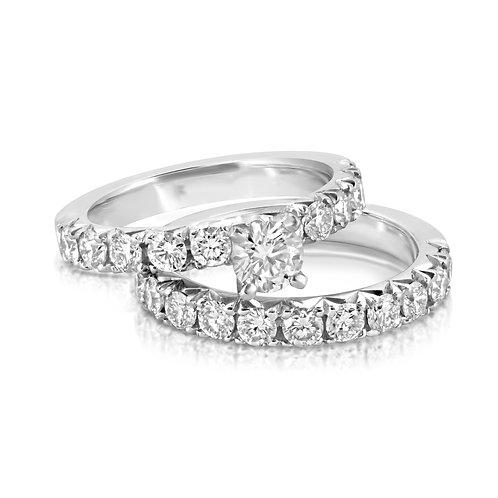 Elegant Classy Diamond Engagement Set