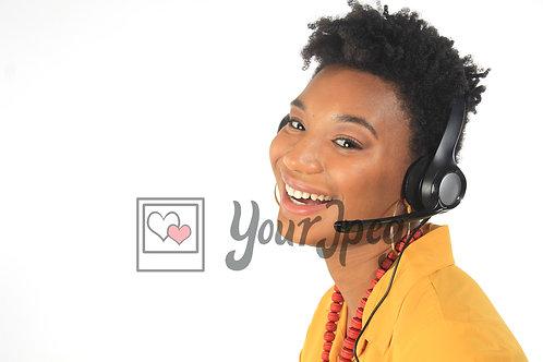 Woman at call center (4)