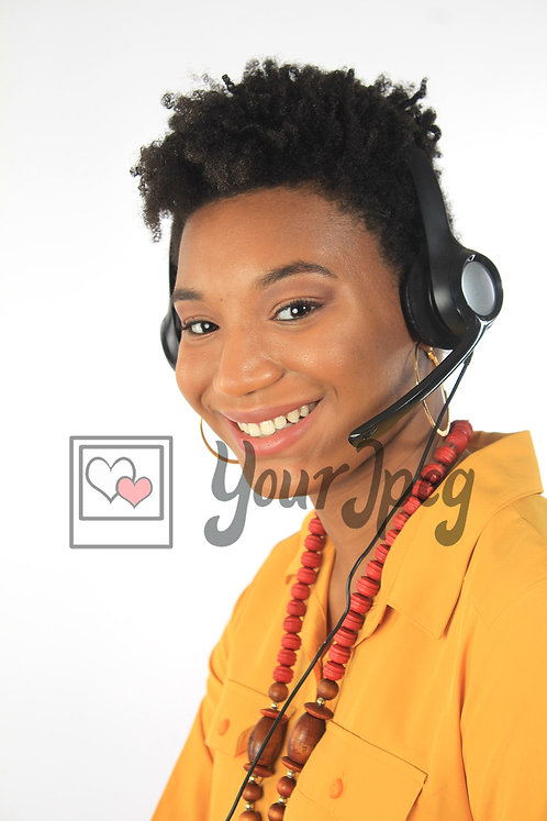Woman at call center (2).jpg