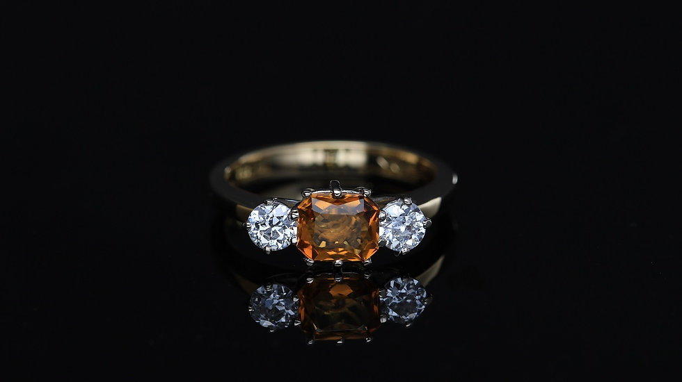 Briliantový prsteň s citrínom