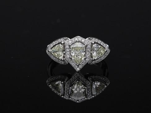 Briliantový prsteň od Františka Holuba