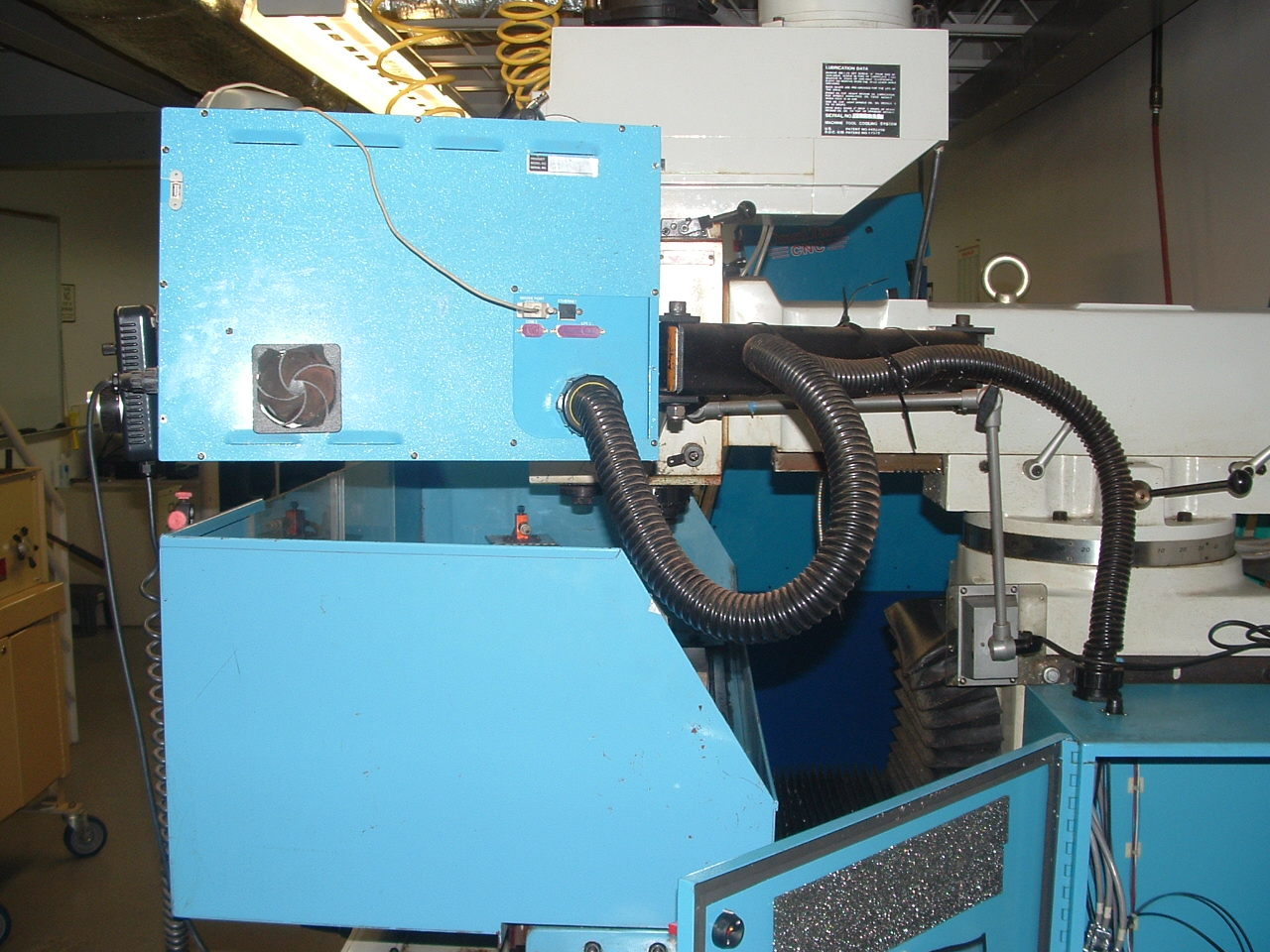 Supermax YCM-40 Vertical Mill