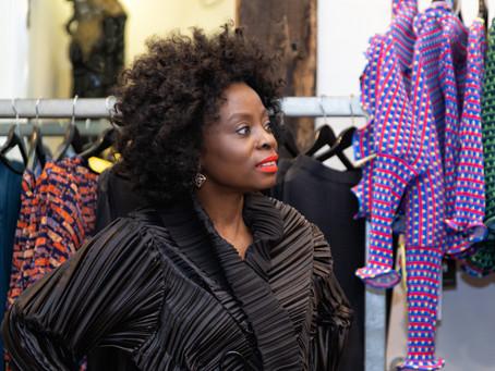 De Berlim, a estilista negra que faz um pretinho nada básico