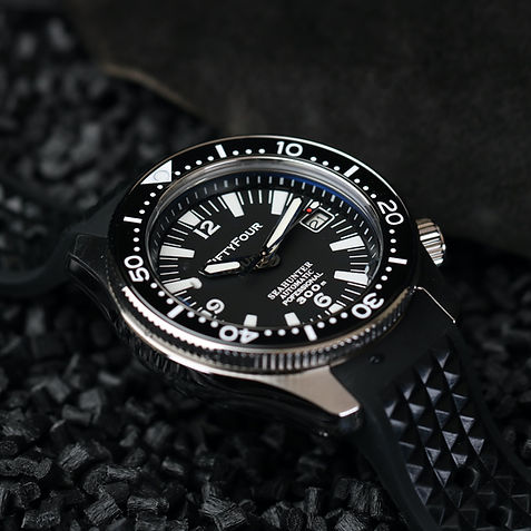 SLA025 Titanium WATCH-4.jpg