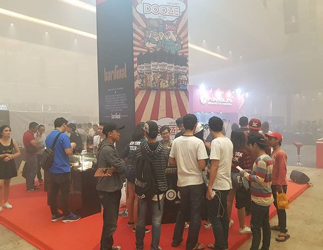 DOOZE at Jakarta Vape Fair 2017 🤗__#vapeeurope #russianvape_#vaperussia #vapemoscow_#germanvape #vapegermany_#vapeturkey #francevapers_#vape