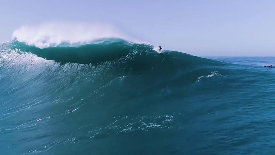 The Bulding Sized Wave