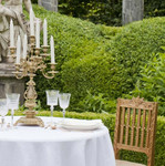 Exquisite table linens