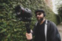 Cameranamao.jpg